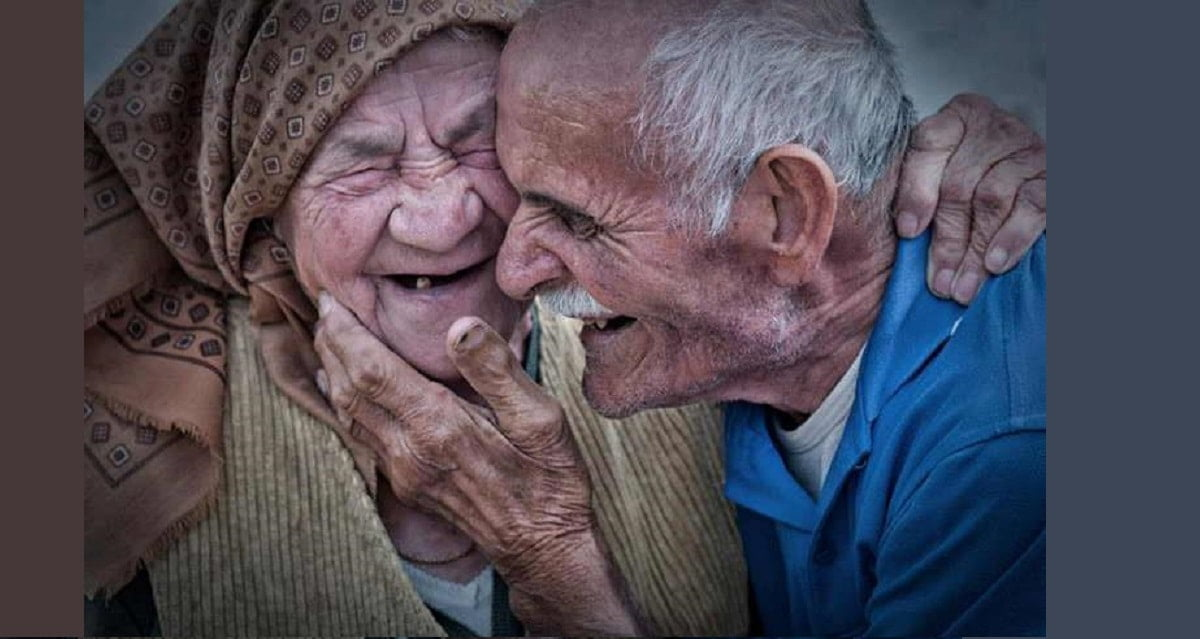 old-couple-pic-min